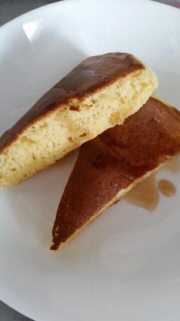 卵たっぷり◇人参入りフワもちホットケーキ