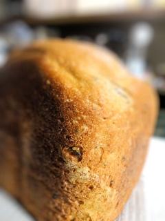 黒ゴマチーズのライ麦パン★ぴりっと黒胡椒で大人パン