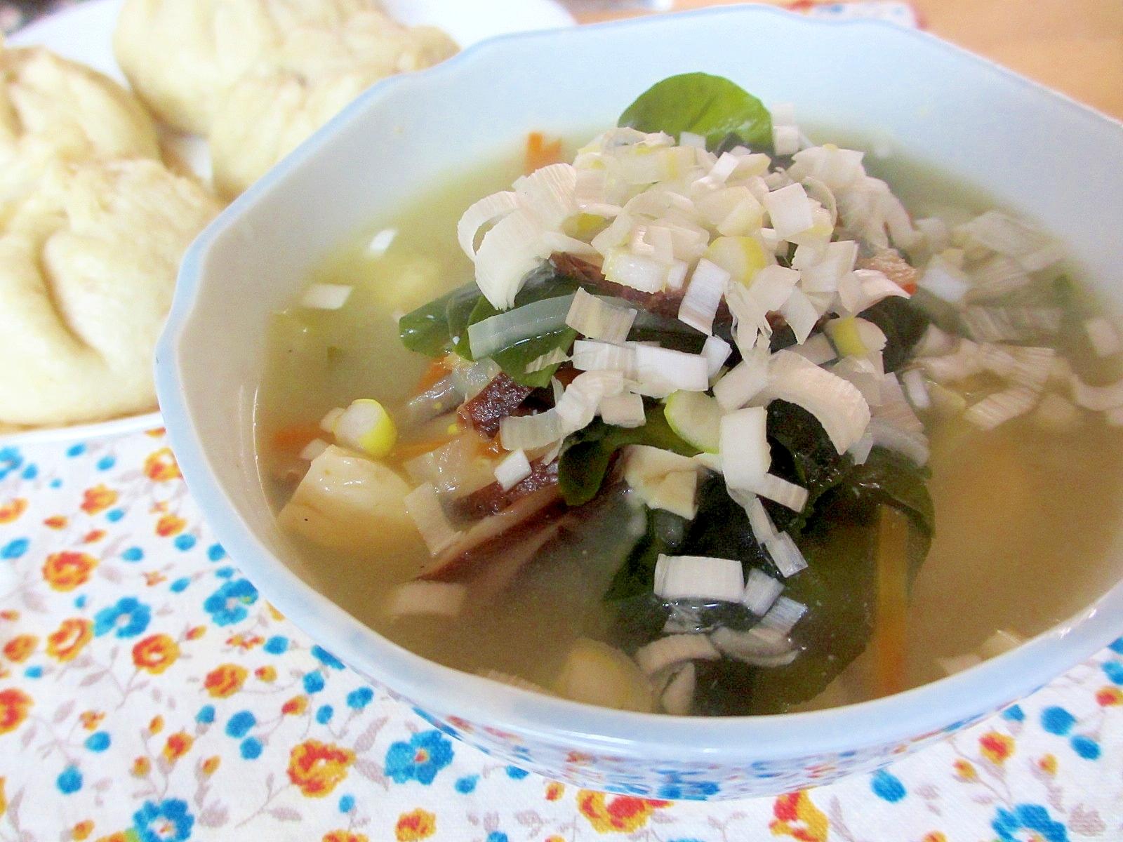 生塩糀蒸し煮中華風大根スープ