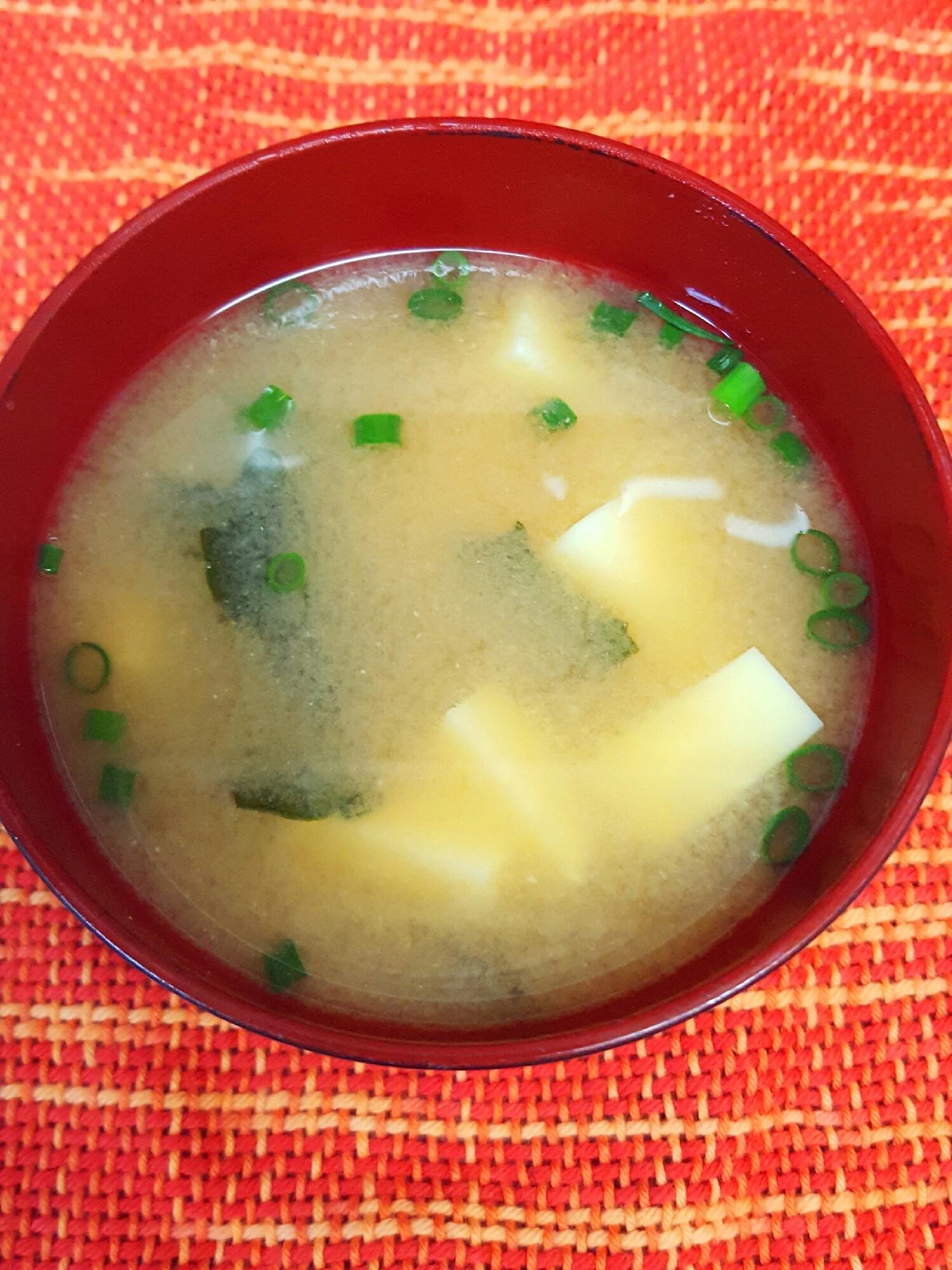 2. 卵豆腐のお味噌汁