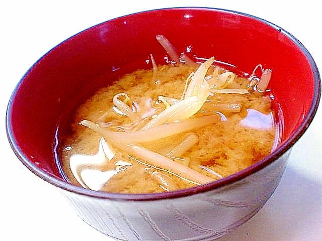 お財布に優しい♪ シャキシャキ「もやし味噌汁」の基本レシピとアレンジ8選