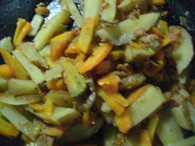 大豆ミート入りのジャガイモソテー