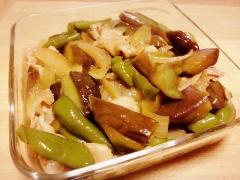 フライパンで!ナスたっぷり♪豚肉と玉ねぎの炒め煮☆
