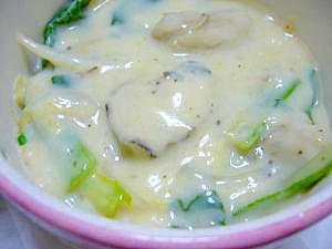 ♪小麦粉・牛乳不使用♪牡蠣と小松菜の豆乳シチュー
