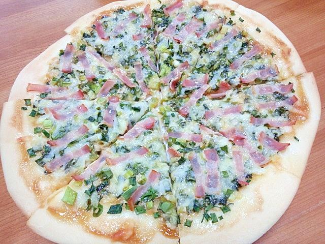 ネギとベーコンのわさび風味Mサイズピザ♪