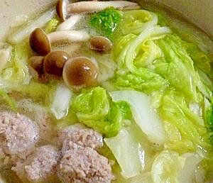 肉団子と春雨の白菜鍋