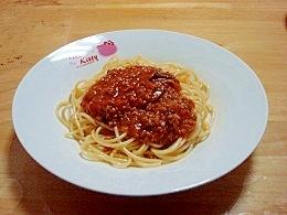煮込みハンバーグソースでミートスパゲティ