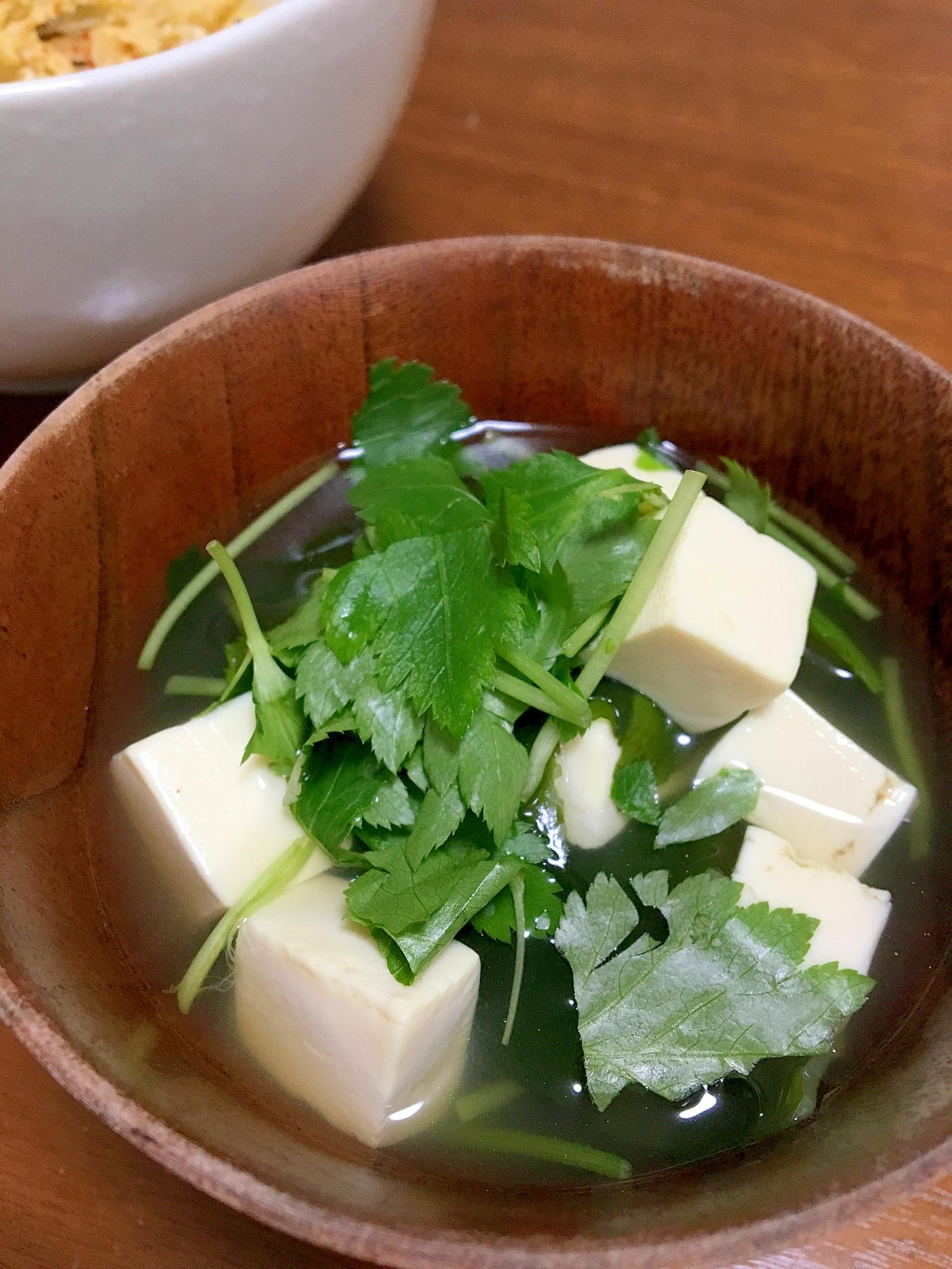 6.三つ葉と豆腐のおすまし