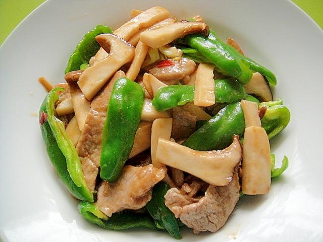 12. エリンギとピーマン豚肉のピリ辛オイスター炒め