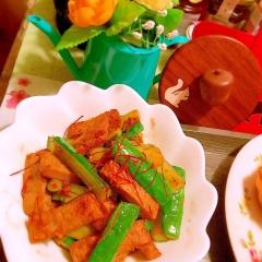 胡瓜とじゃこ天の甘辛生姜炒め