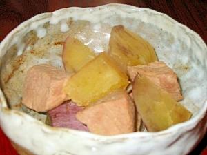 サツマイモと豚肉角煮