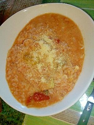 余ったトマトスープで簡単リゾット♪