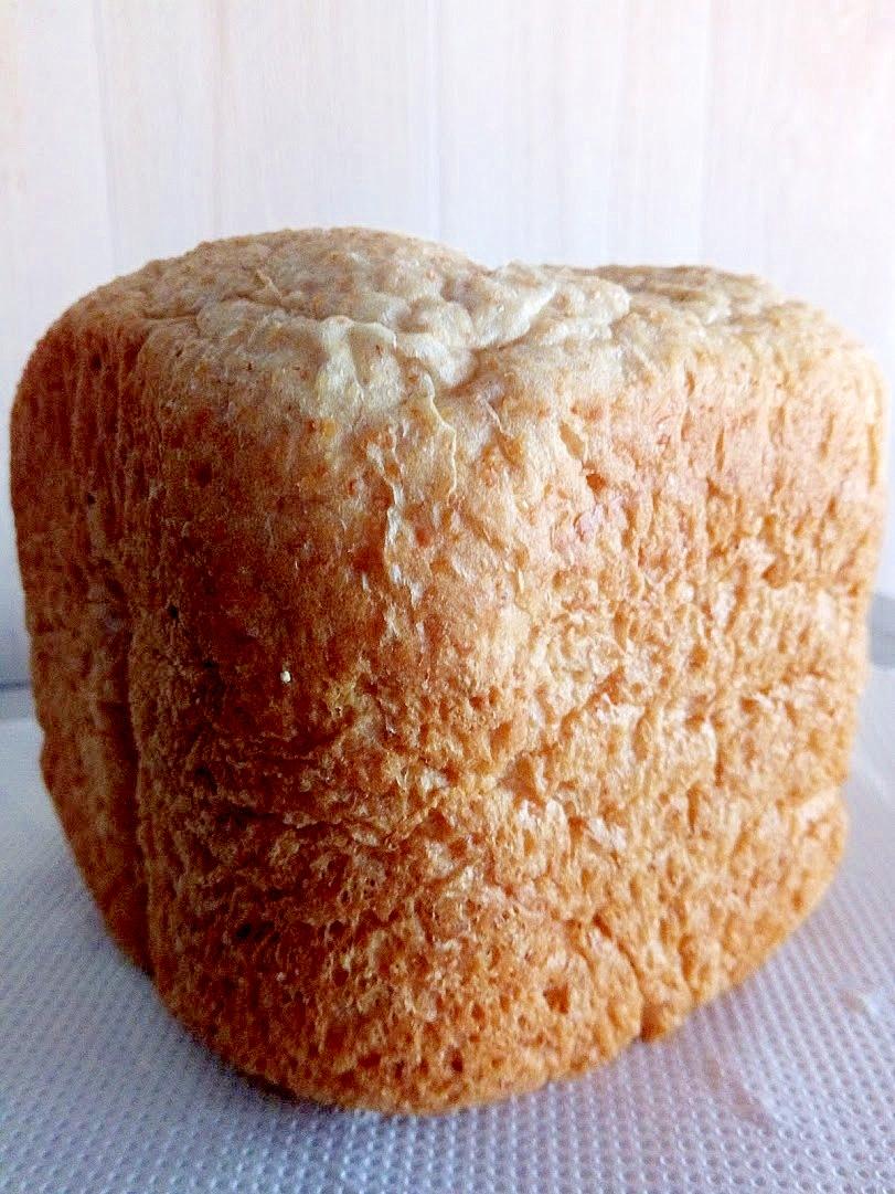 HBで全粒粉と薄力粉で作った食パン