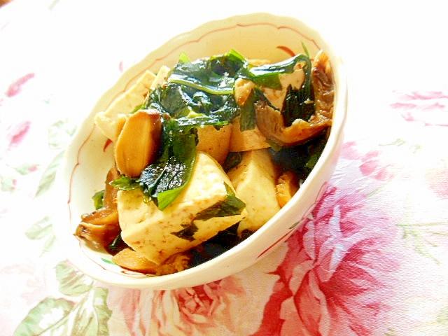 焼き肉のタレde豆腐とワカメ&どんこの炒め物