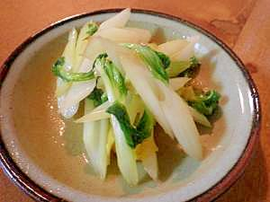 セロリと湯葉の炒め物