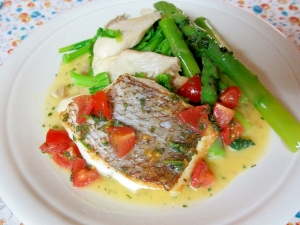 鯛のソテー、トマトとパセリのレモンバターソース レシピ ...