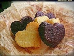 板チョコと食パンで簡単ハートのラスク❤
