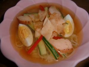 即席手作りキムチのサッパリきねうち生冷麺