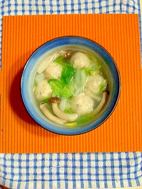 冷凍肉団子と白菜のスープ♪