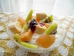 朝食にフルーツを添えて