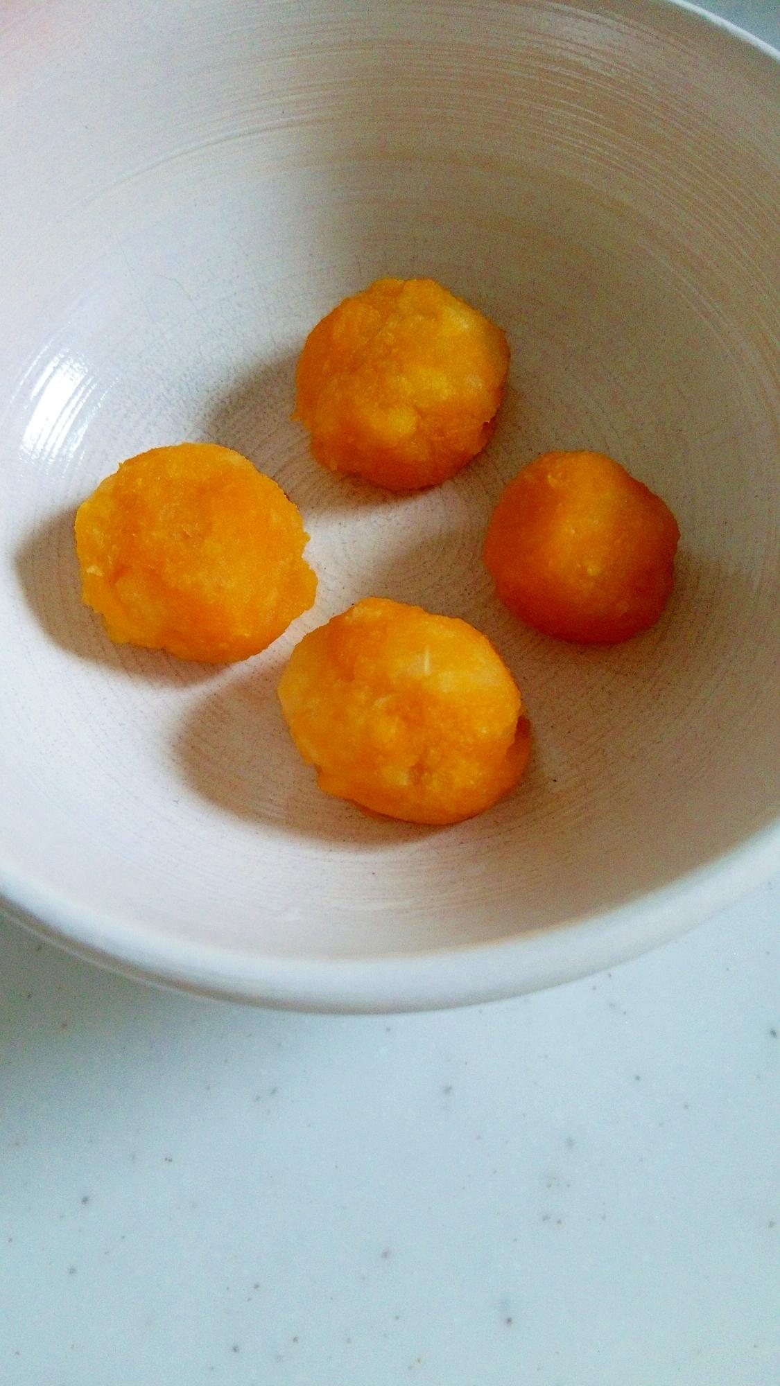 離乳食☆かぼちゃとりんごのだんご