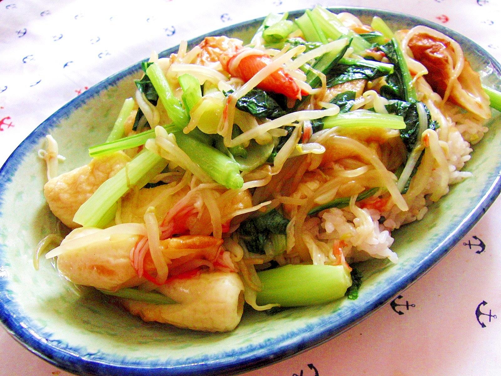 簡単!小松菜ともやしとかにかまのヘルシーあんかけ飯