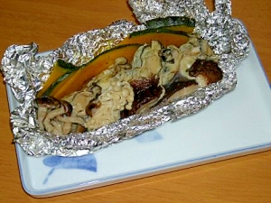 牡蠣&きのこのホイル焼き