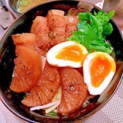 柚子胡椒ピリリ。菜の花とセロリの角煮どんぶり