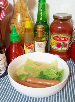 ウインナーと白菜の簡単コンソメスープ☆