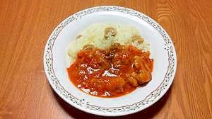 まろやか~バターライスと鶏肉のトマト煮
