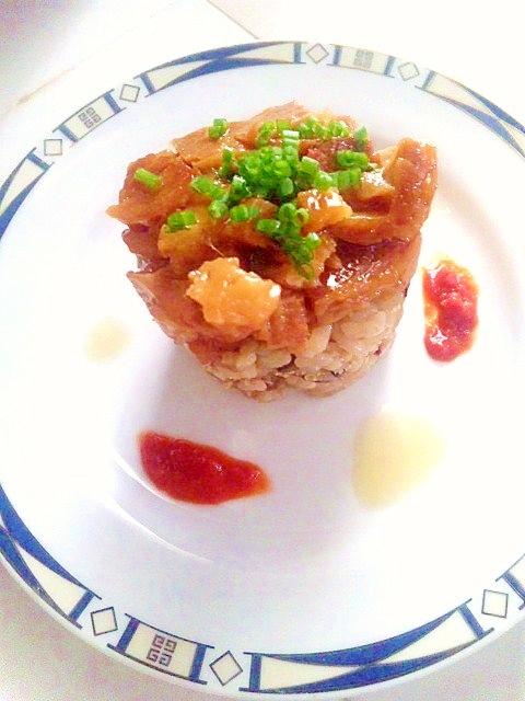 【簡単アレンジ】夜食や来客時に!大人のプチ角煮丼