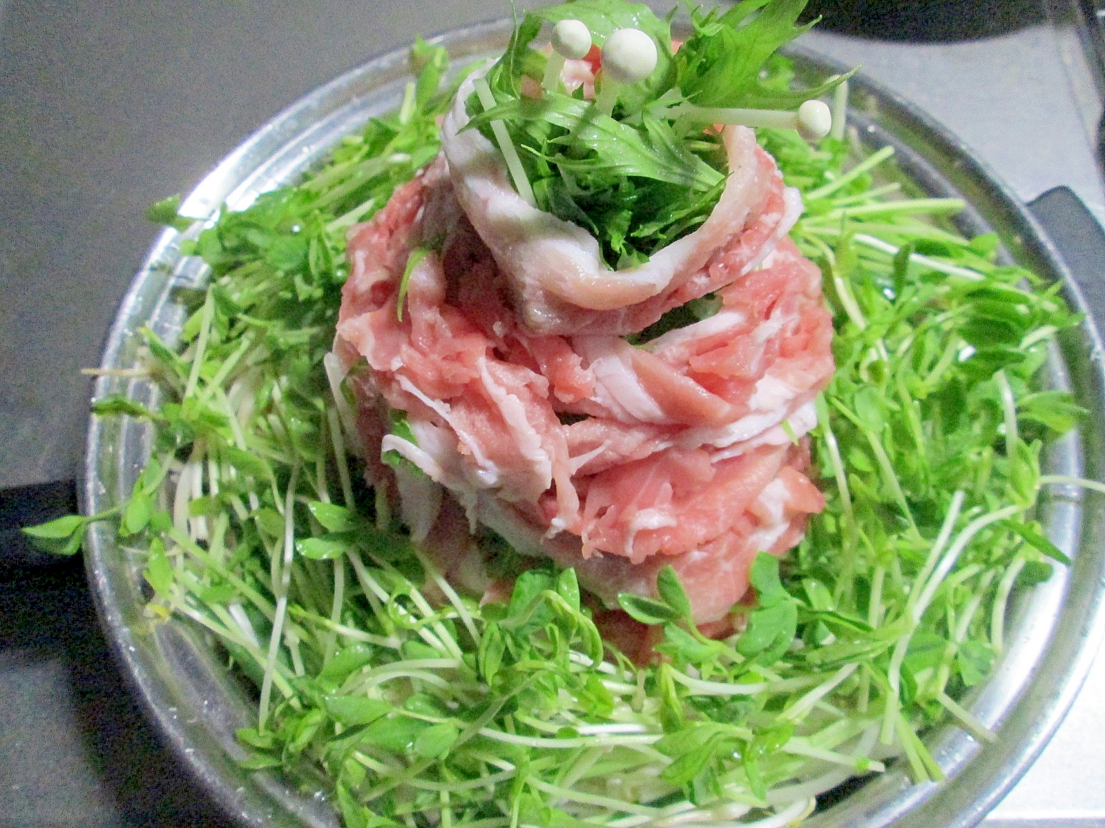5. 豚バラともやしのマウンテン鍋
