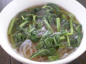 明日葉と白滝の中華スープ