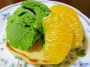旬の八朔とアイス添えパンケーキ