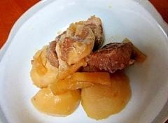 トロトロの豚の角煮とジャガイモ