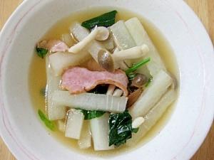 大根とベーコンのしょうゆ糀入りスープ