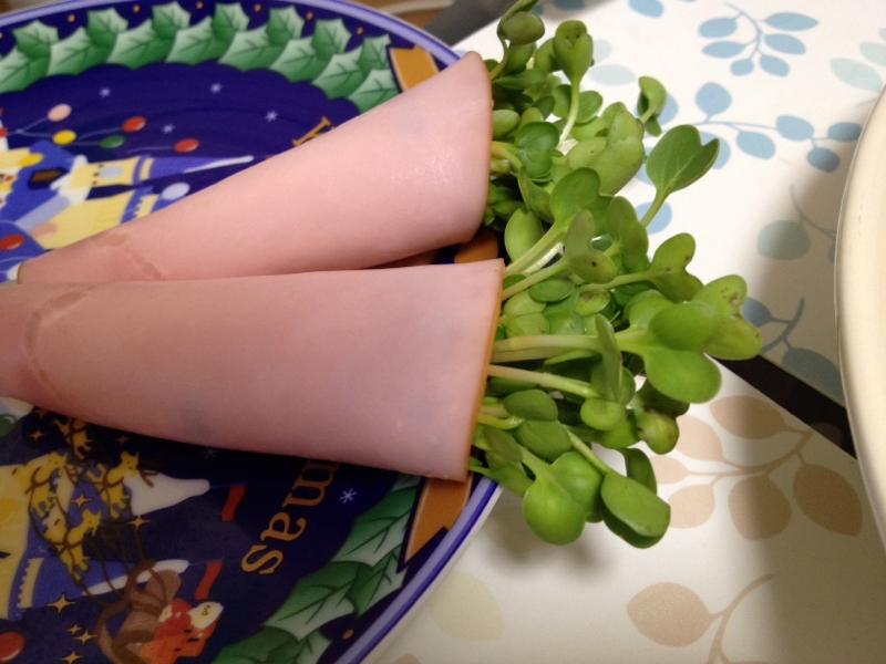 かいわれの☆ハムチーズ巻