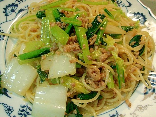 白菜と小松菜の中華風パスタ