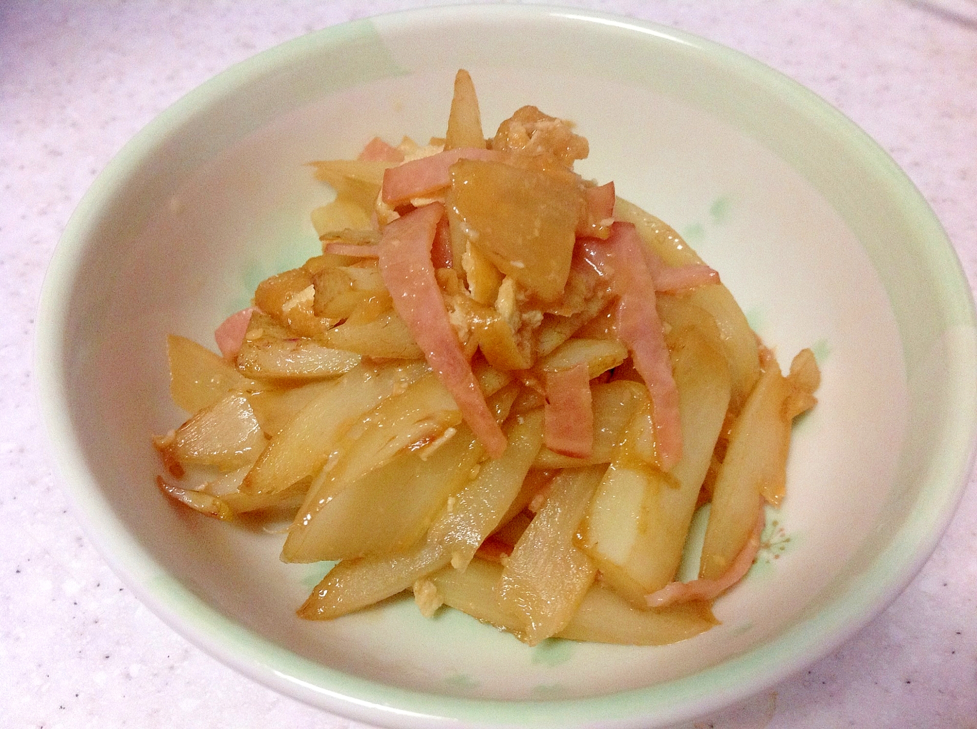 山うどと揚げの甘炒め煮☆味噌バター風味