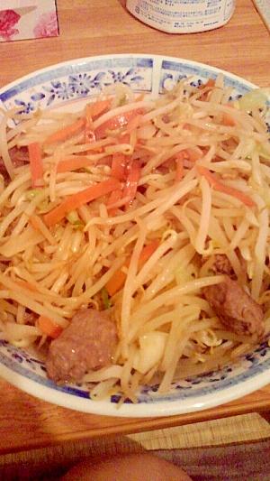 男の自炊料理。サイコロ肉とサイコロミキタカのコラボ