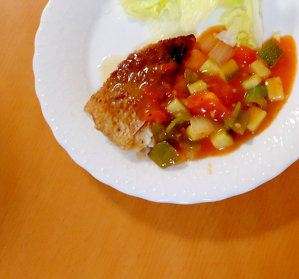 白身魚の夏野菜ソース添え