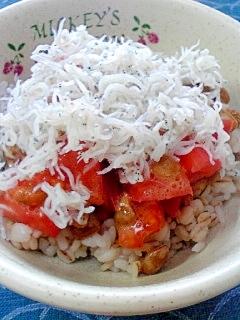 納豆の食べ方-トマト&しらす♪