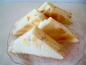 アップルチーズのトーストサンド