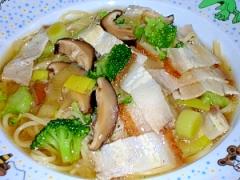 中華風味のあんかけパスタ