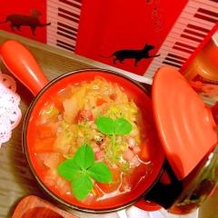しゃきしゃきレタスとぷちぷち雑穀の具沢山スープ