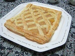 パイ皿がなくても!冷凍パイシートで簡単アップルパイ