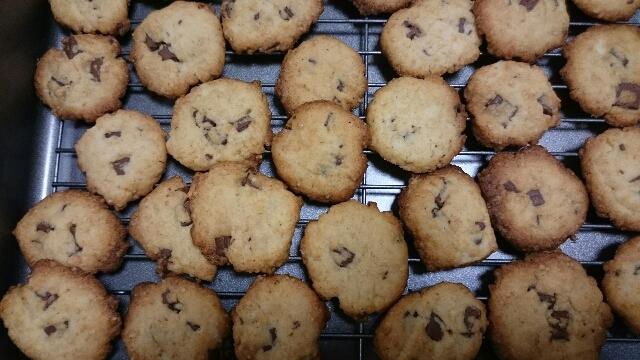 太白胡麻油でチョコチップクッキー