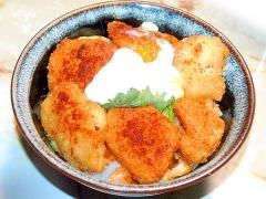 鶏屋さんのチキンカツアレンジ!味噌キャベカツ丼♪