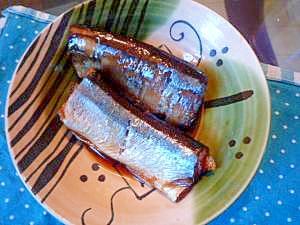 骨まで食べれる秋刀魚煮