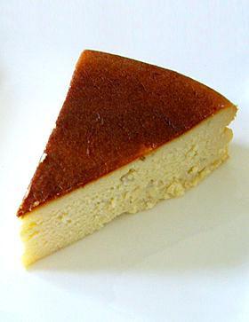 混ぜて焼くだけ簡単濃厚バナナチーズケーキ